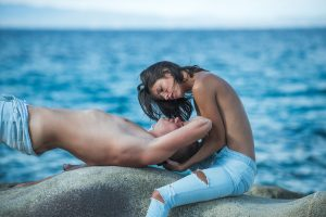 romantic couple at the ocean